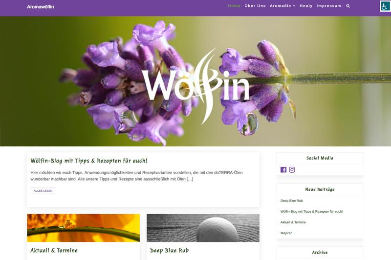 Screenshot der Startseite der neuen Homepage: zeigt den Header mit dem Wölfin-Logo , Vorschau von Blogbeiträgen und die Sidebar rechts